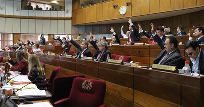 Adelantan sesión ordinaria de Senadores