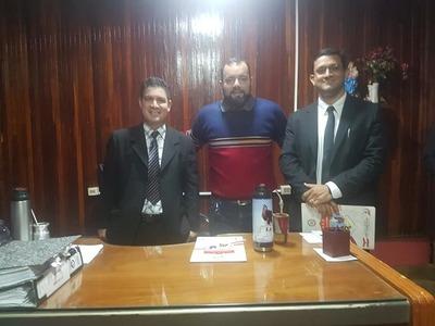 Intendente de Coronel Oviedo presentó a nuevos funcionarios – Prensa 5
