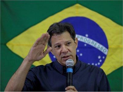 Haddad  dice que Brasil corre riesgo con Bolsonaro
