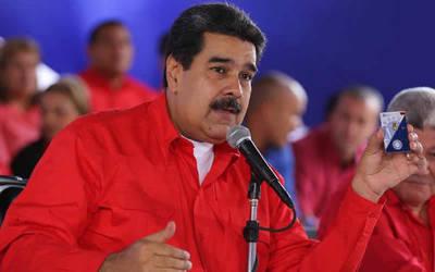 Maduro abandonó el dólar y anunció que todas sus transacciones se harán en euros