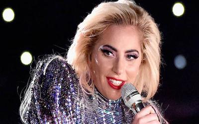 Lady Gaga reveló que fue violada por un importante hombre