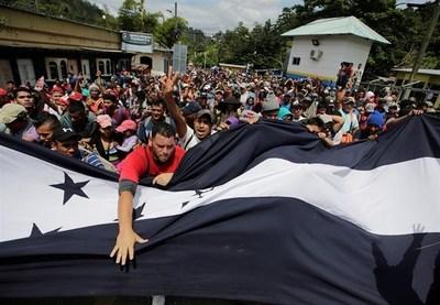 Trump cortará ayuda a Honduras si no detiene caravana de inmigrantes
