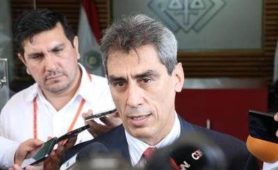 HOY / Festín en Petropar: denuncian ante la Fiscalía a Samudio por graves irregularidades