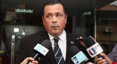 HOY / Urgen por cuarta vez que Lugo sea imputado y desaforado
