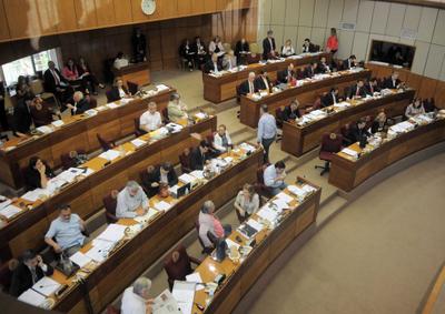 Senadores aprueban crear cuestionado Ministerio de Comunicaciones y de TIC