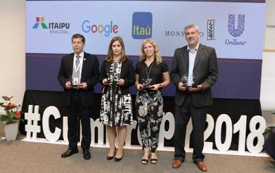 Jóvenes eligen a Itaipú como la mejor empresa para trabajar