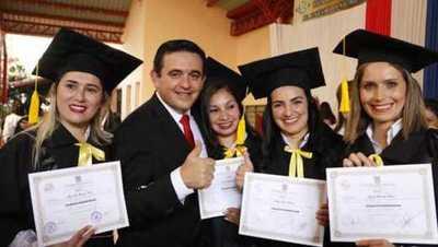 Docentes egresan del curso de Especialización en Educación Inclusiva