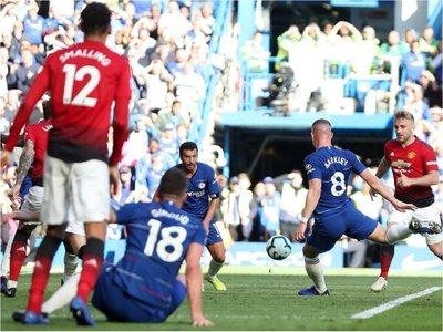 Barkley aborta el milagro de Mourinho en Stamford Bridge