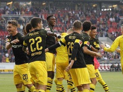 Dortmund sigue en racha y el Bayern se sacude crisis