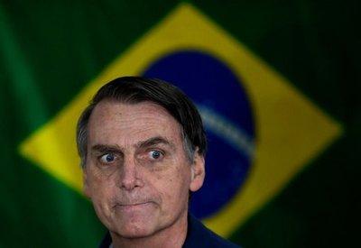 Bolsonaro habló con Mario Abdo
