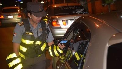 HOY / Durante controles ruteros, Caminera demoró a 303 conductores alcoholizados