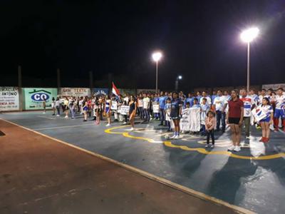 Brillo en inauguración de torneo de futsal