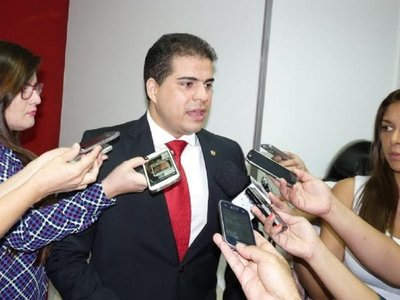 Diputado Carlos Núñez pide su sobreseimiento