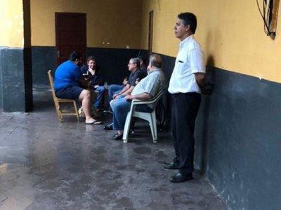 Mañana, González Daher y su hijo  cumplen un mes  presos