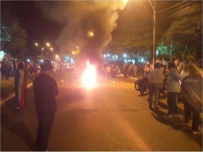 Otra vez policías reprimen a manifestantes en Concepción