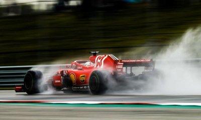 F1: Ricciardo y Verstappen arrancarán delante de Hamilton