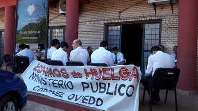 Van a huelga en espera de mayor presupuesto – Prensa 5