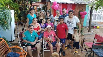 Rayadito: El rompehuesos cumplió 90 años y va por más