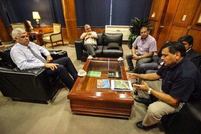 Visitaron a Ministro del MOPC y hablaron de problemática de tránsito vehicular
