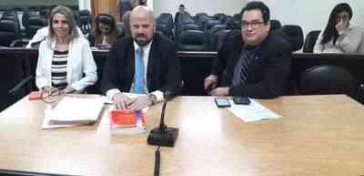 Suspenden juicio de ex ministro de la Niñez