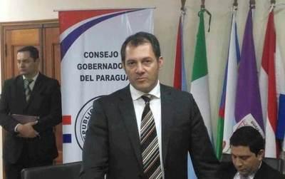 Gobernador de San Pedro reconoce que utilizó supuesta narcoavioneta