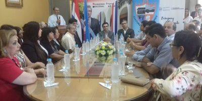 Ministro de la Secretaría Técnica de Planificación se reunió con autoridades del Guairá