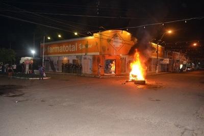 "Clan Urbieta busca ""asustar"" a los manifestantes"