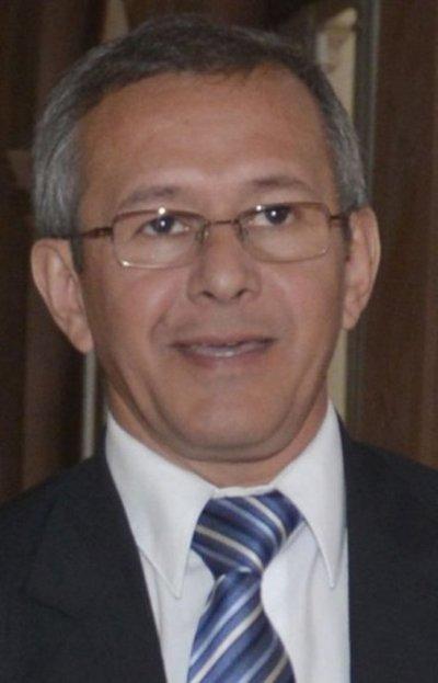 Ratifican condena de 3 años contra extitular de Petropar Sergio Escobar