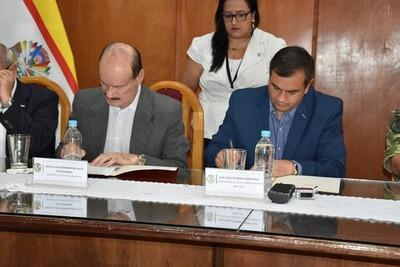 Gobernación de Misiones firmó convenio con el Ministerio de Defensa