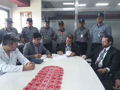 Guardias de seguridad para el Hospital Regional