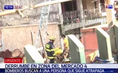 Hundimiento en obra deja un sepultado y un hombre rescatado