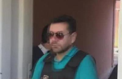 Alcides Oviedo llega al juzgado de Lambaré