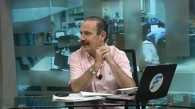 HOY / A Arturo Rubín le falló la bolita, ¡qué pelada!