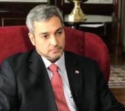Mario Abdo evita dar declaraciones sobre crísis en el MEC