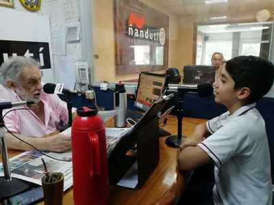 Vichito Echeverría presenta su primer disco en el Hotel Guaraní