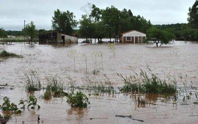 Las casas de más de 1.500 personas quedaron inundadas en Misiones