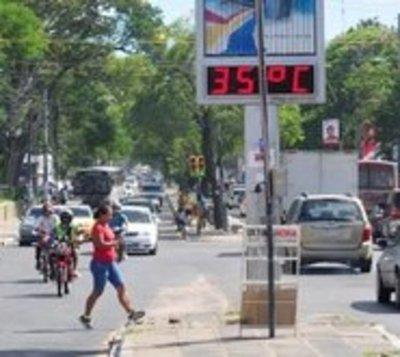 Extremo calor persistirá hasta el lunes
