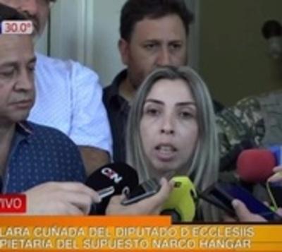 """Cuñada de D'ecclesiis: """"Mi trabajo es el hangar, no el narcotráfico"""""""