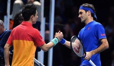 Nishikori dio la nota y ganó a Federer en el Masters
