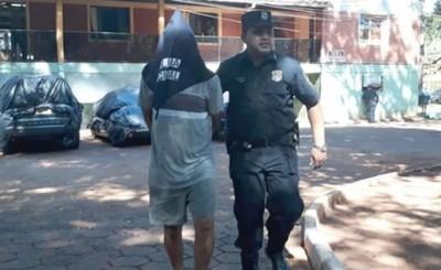 Detenido tras clavar al conductor que atropelló a su hija