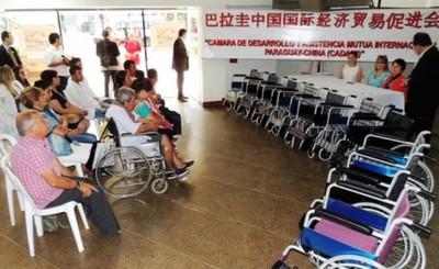 Gobernación estrecha vínculos a favor de los más vulnerables