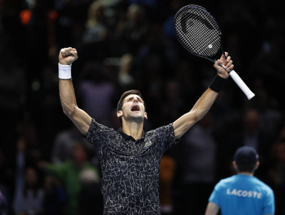 Novak Djokovic debuta con triunfo en las Finales ATP