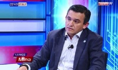 Petta anuncia que pedirá destitución de viceministra
