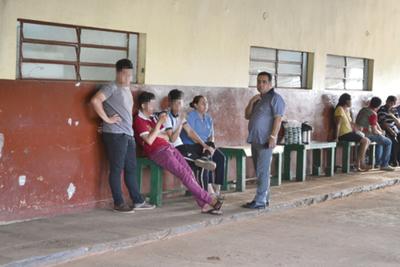 Niño hiere de dos puñaladas a un adolescente en colegio