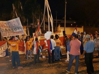 """Ciudadanos exigen expulsión de Portillo y anuncian """"gran movilización"""""""