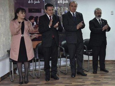 Asumen los viceministros