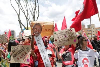 Lula dejó su celda para un nuevo interrogatorio
