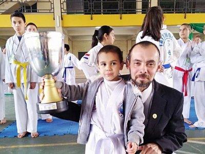 A los 5 años es bicampeón y ahora competirá internacionalmente