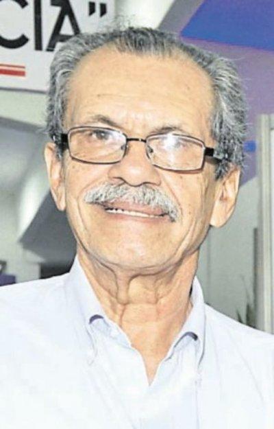 """""""Honoris Causa"""" González Delvalle"""