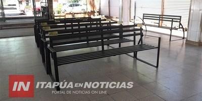 DONAN MOBILIARIOS AL HOSPITAL REGIONAL DE ENCARNACIÓN.